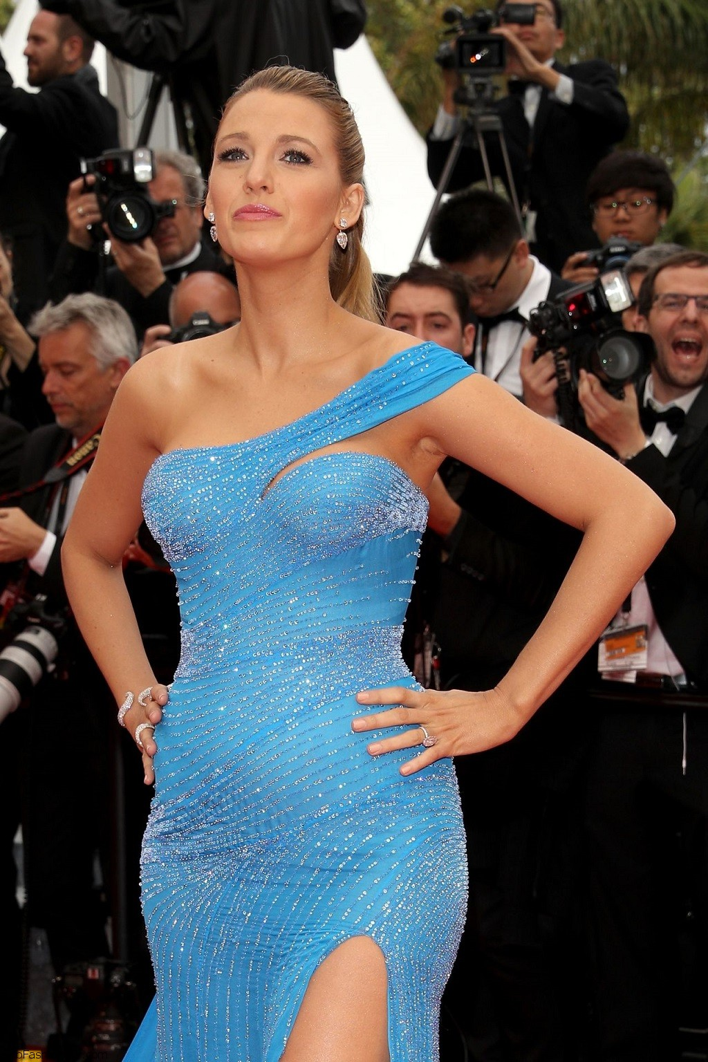 blake-lively-the-bfg-premiere-cannes-film-festival-in-cannes-5-14-2016-9