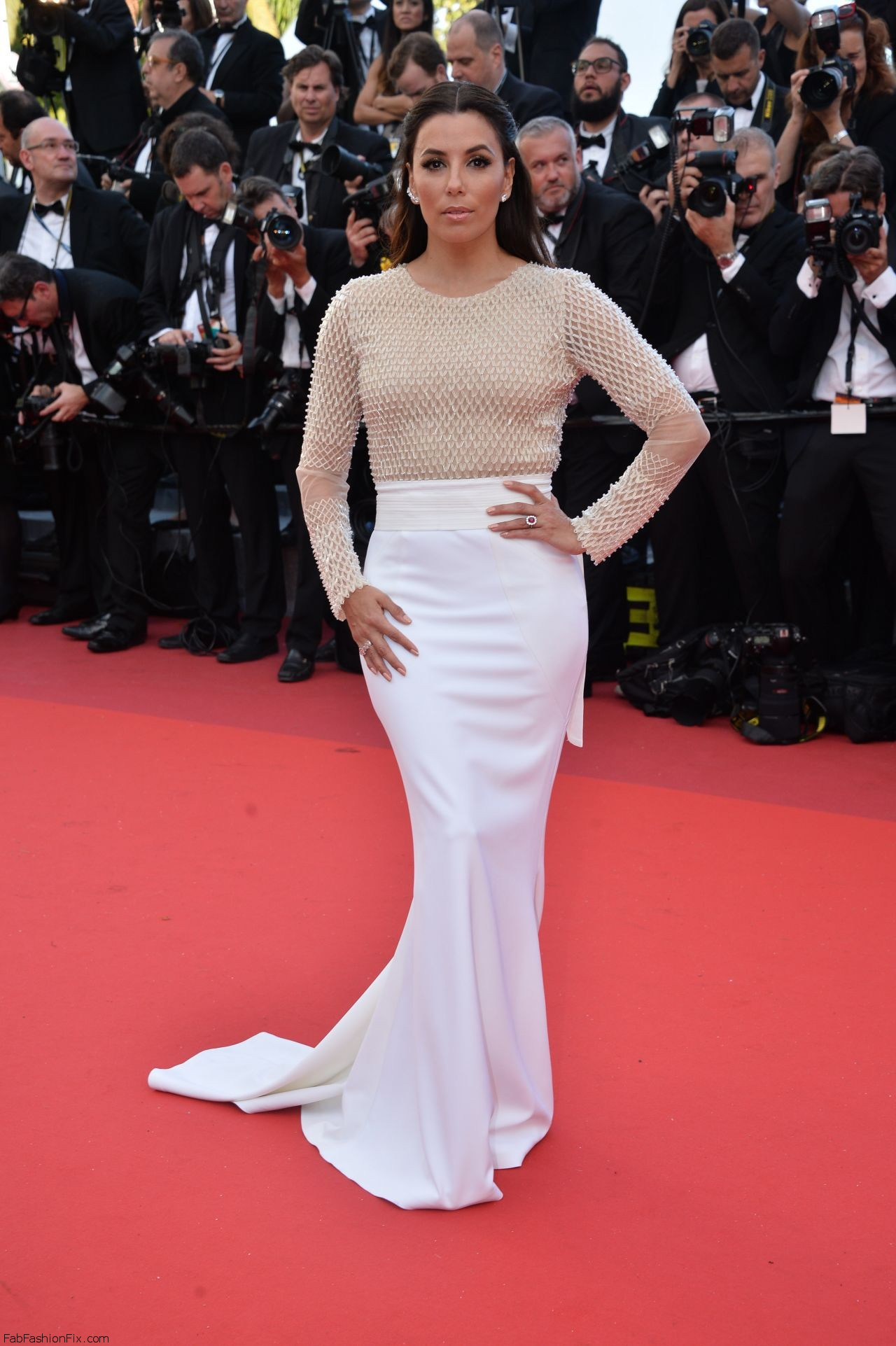 eva-longoria-cafe-society-premiere-and-the-opening-night-gala-2016-cannes-film-festival-7