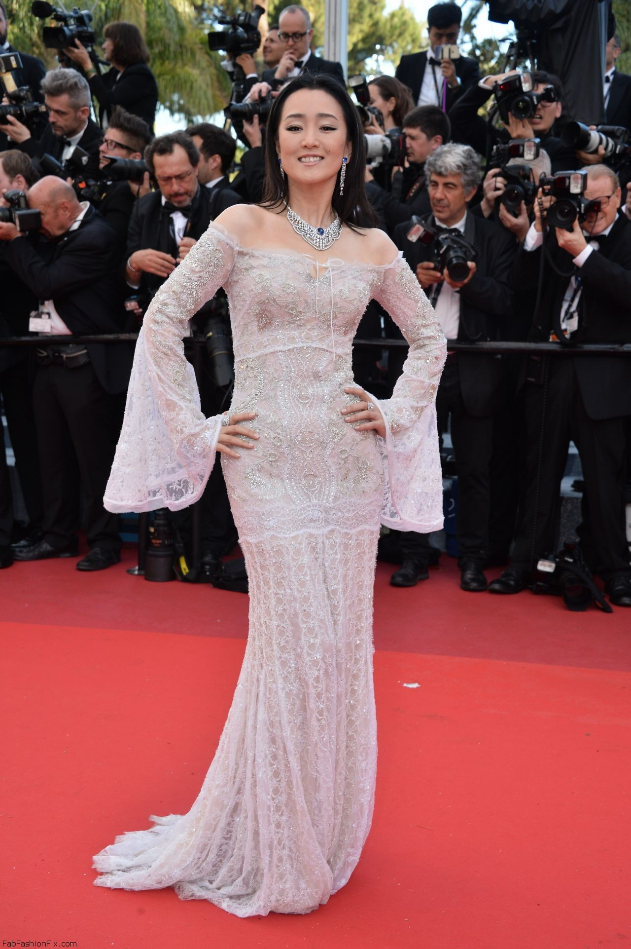 gong-li-cafe-society-premiere-and-the-opening-night-gala-2016-cannes-film-festival-1