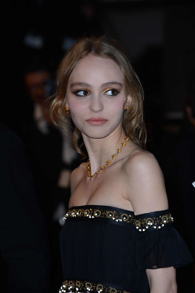 lily-rose-depp-i-daniel-blake-screening-at-cannes-film-festival-5-13-2016-5