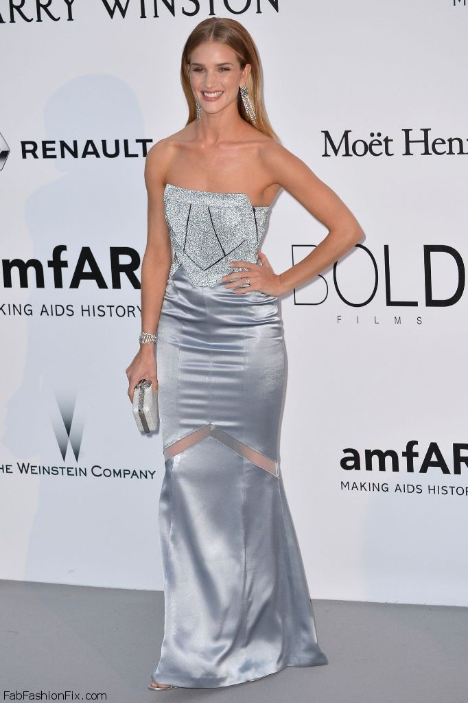 rosie-huntington-whiteley-amfar-s-cinema-against-aids-gala-in-cap-d-antibes-france-5-19-2016-7