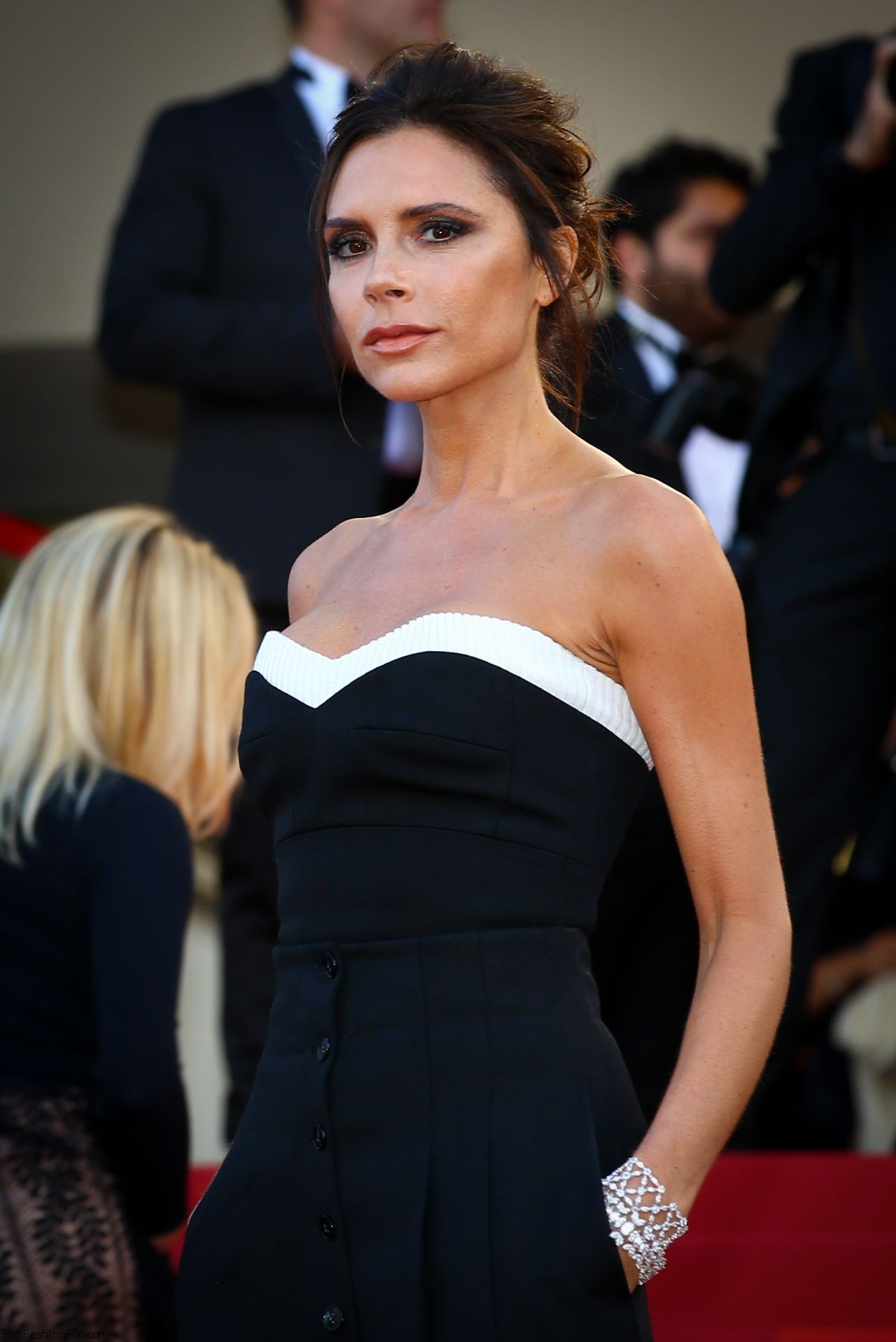 victoria-beckham-cafe-society-premiere-and-the-opening-night-gala-2016-cannes-film-festival-7