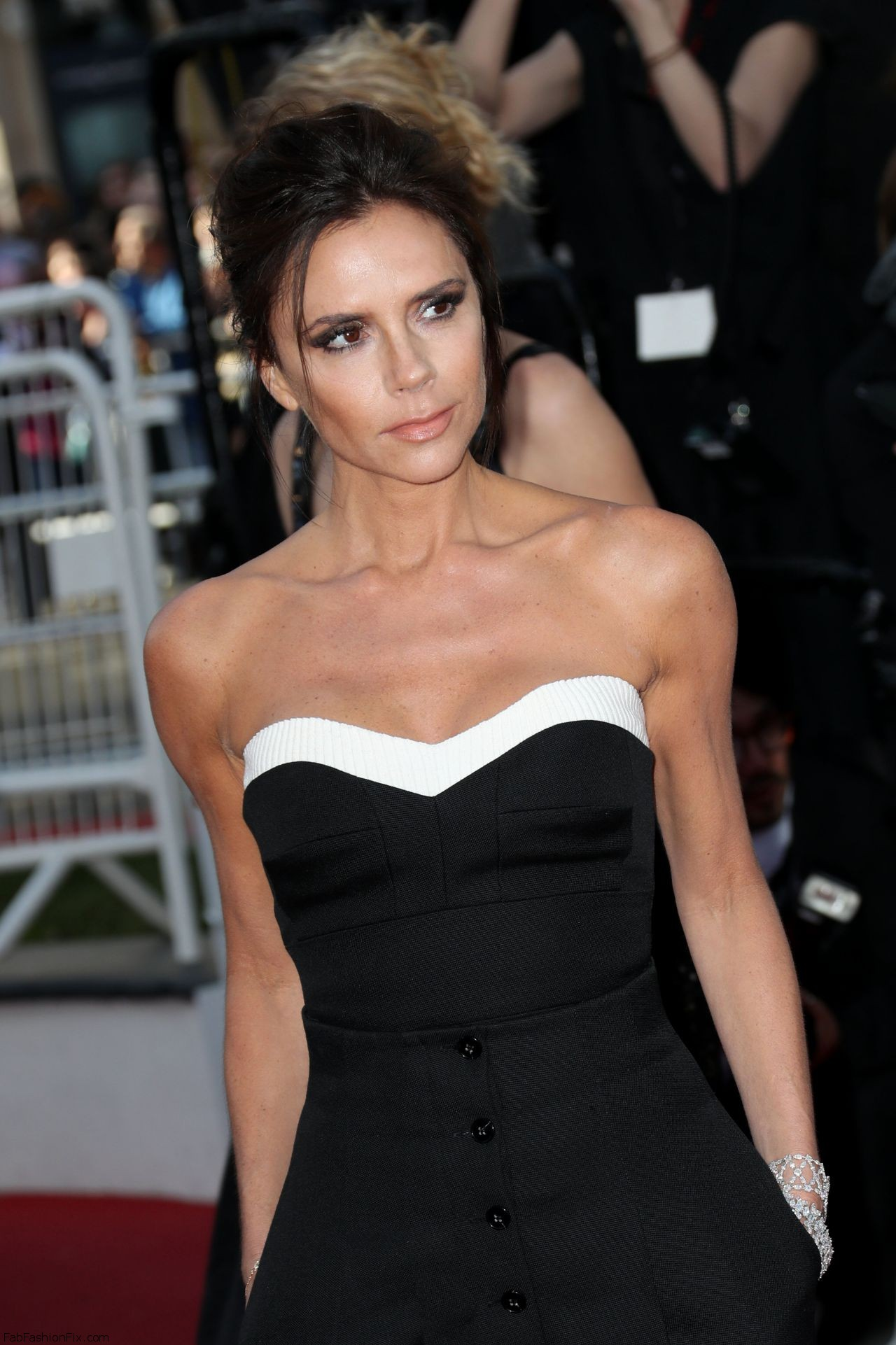 victoria-beckham-cafe-society-premiere-and-the-opening-night-gala-2016-cannes-film-festival-8