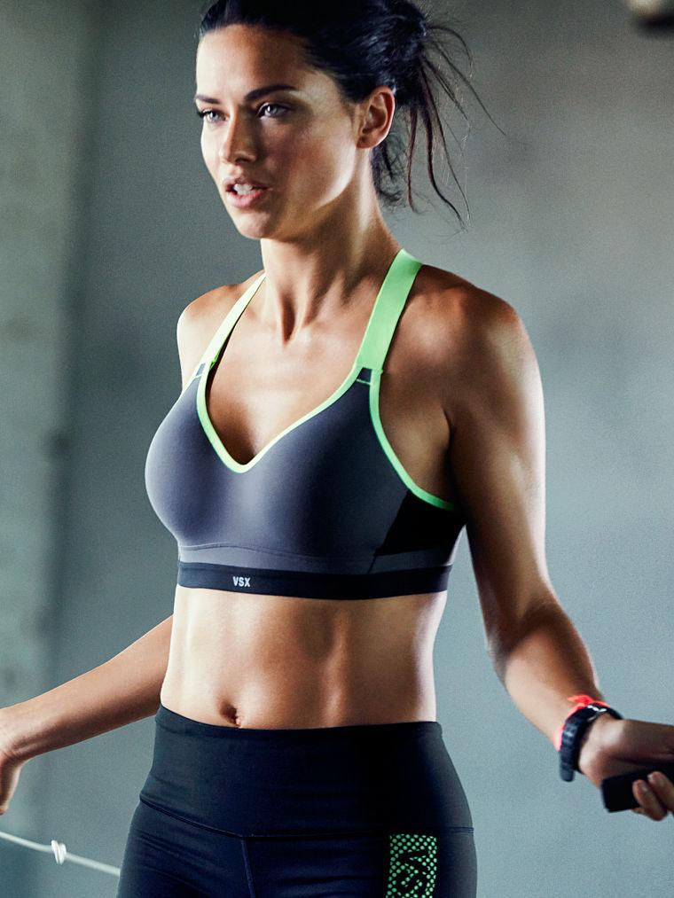 Adriana-Lima-Victoria's-Secret-Sport