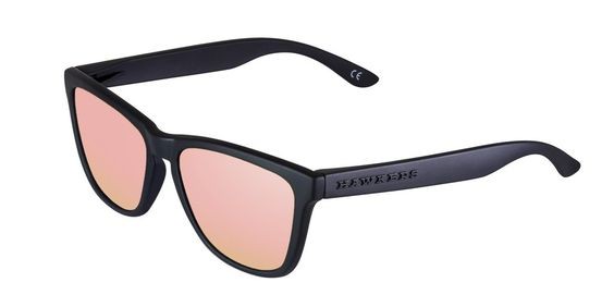Hawkers sunglasses, Carbon Black model, Rose Gold One from the Original collection. Photo: hawkersco.com