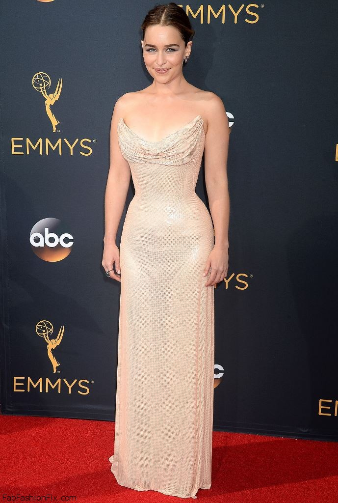 emilia-clarke-68th-annual-emmy-awards-in-los-angeles-09-18-2016-9