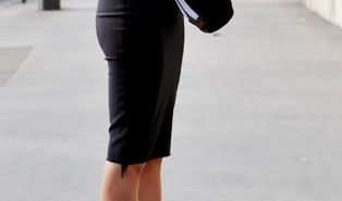 perfect-black-fall-outfit