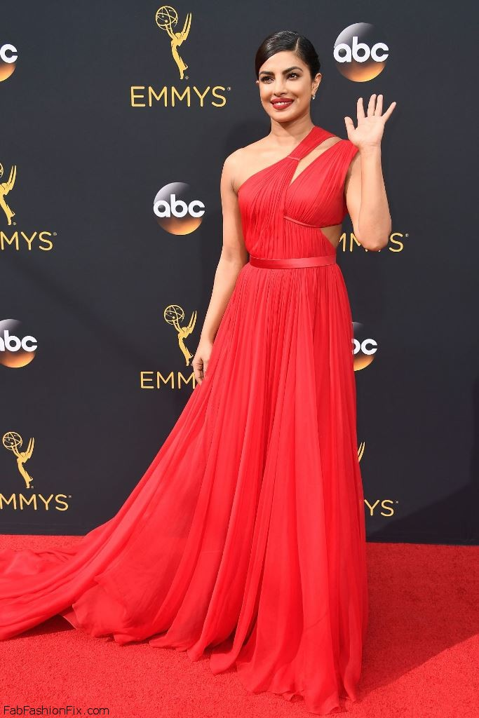 priyanka-chopra-68th-annual-emmy-awards-in-los-angeles-09-18-2016-9