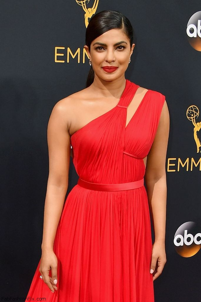 priyanka-chopra-68th-annual-emmy-awards-in-los-angeles-09-18-2016-6