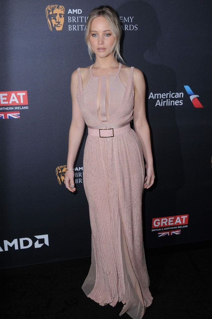 jennifer-lawrence-2016-amd-british-academy-britannia-awards-in-beverly-hills-27
