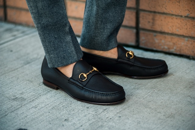 how-to-pull-off-your-casual-looks-with-loafers-11