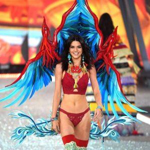 kendall-jenner-2016-victorias-secret-fashion-show-runway-23