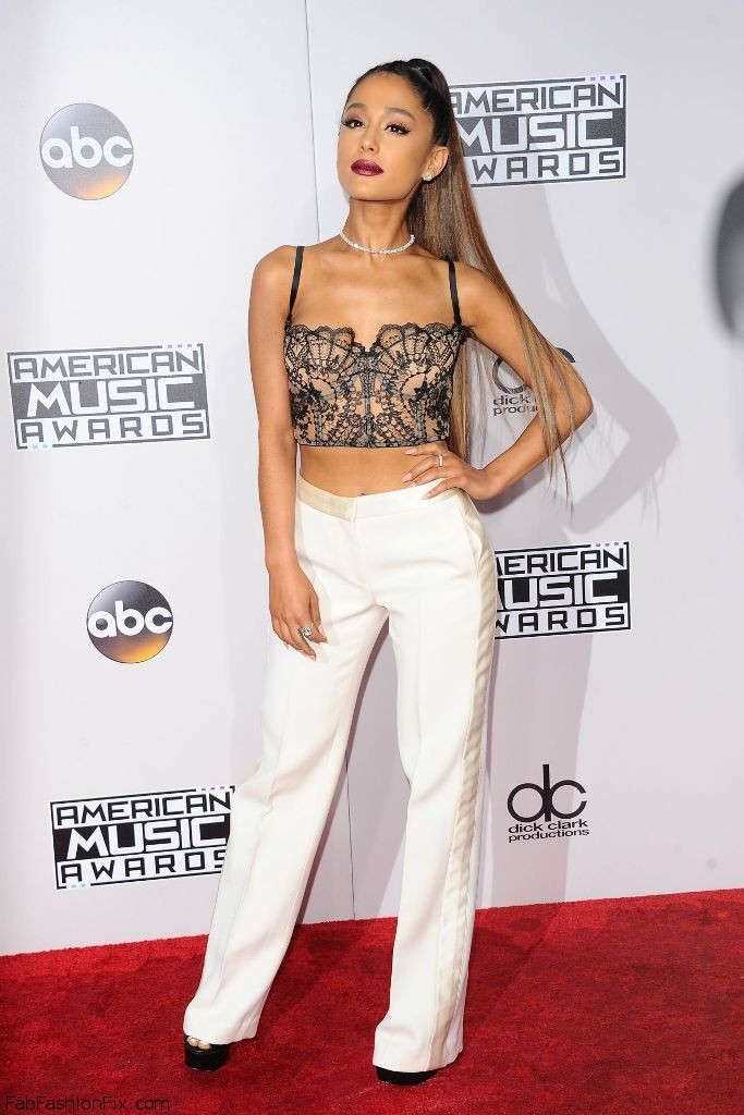 ariana-grande-2016-american-music-awards-in-los-angeles-34