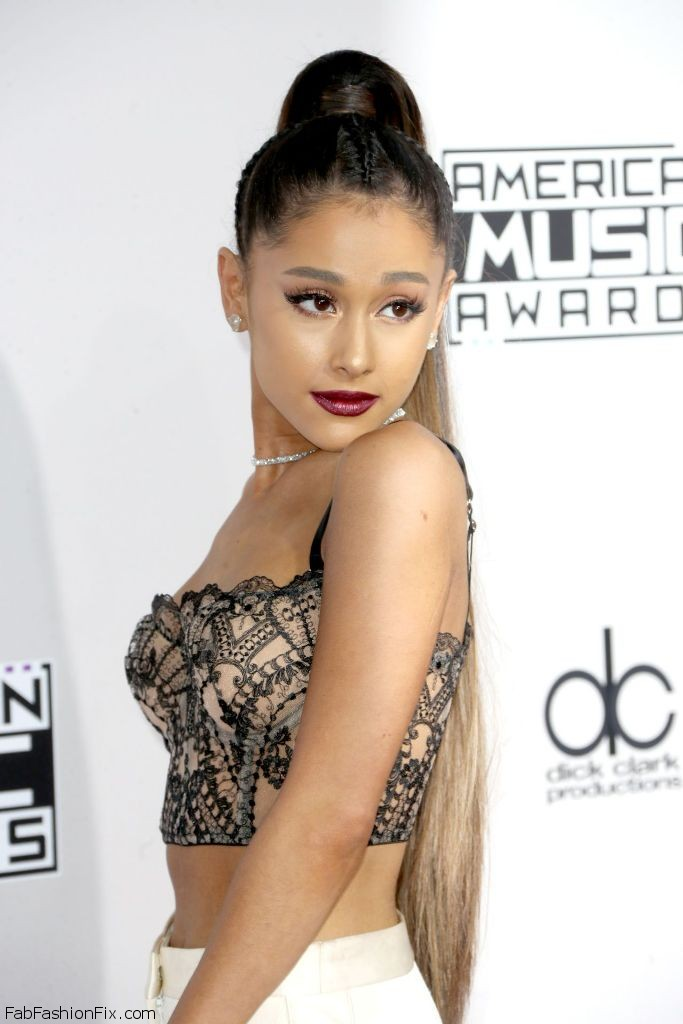 ariana-grande-2016-american-music-awards-in-los-angeles-4