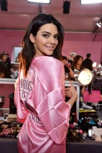 kendall-jenner-at-victoria-s-secret-2016-fashion-show-in-paris-11-30-2016_3