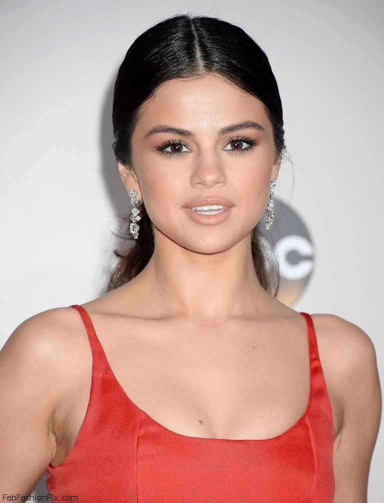 selena-gomez-2016-american-music-awards-in-los-angeles-1