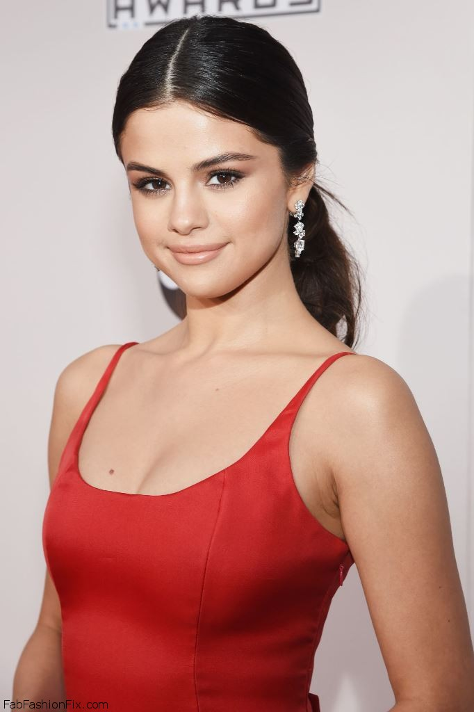 selena-gomez-2016-american-music-awards-in-los-angeles-10