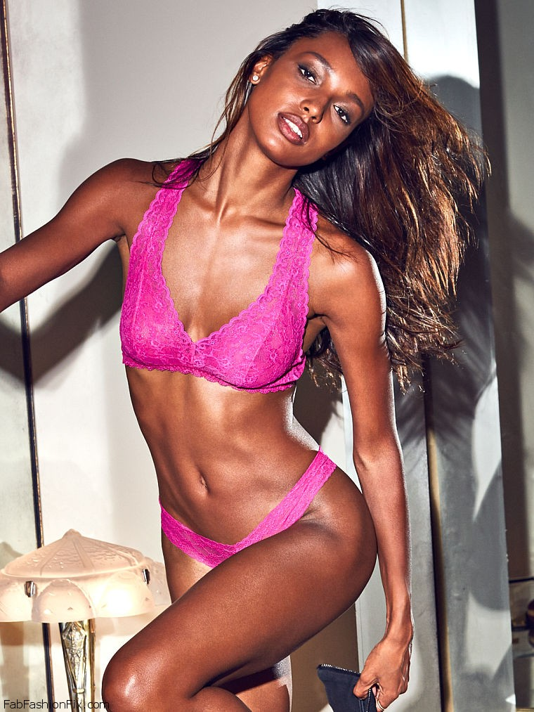 victorias-secret-holiday-2016-56