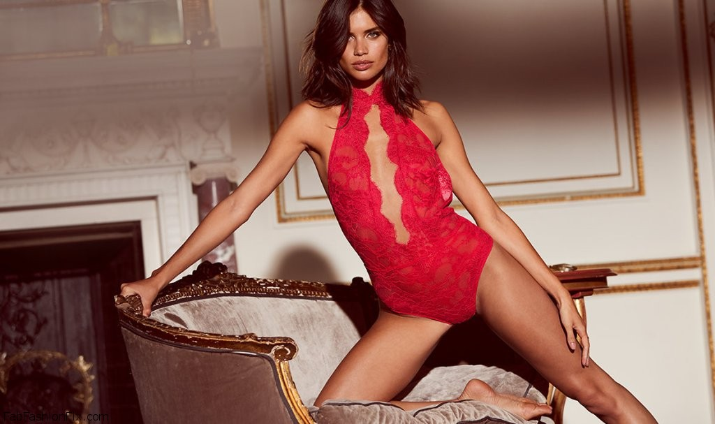 Victoria`s Secret Presents Holiday 2016 Catalog: A Very Private Affair