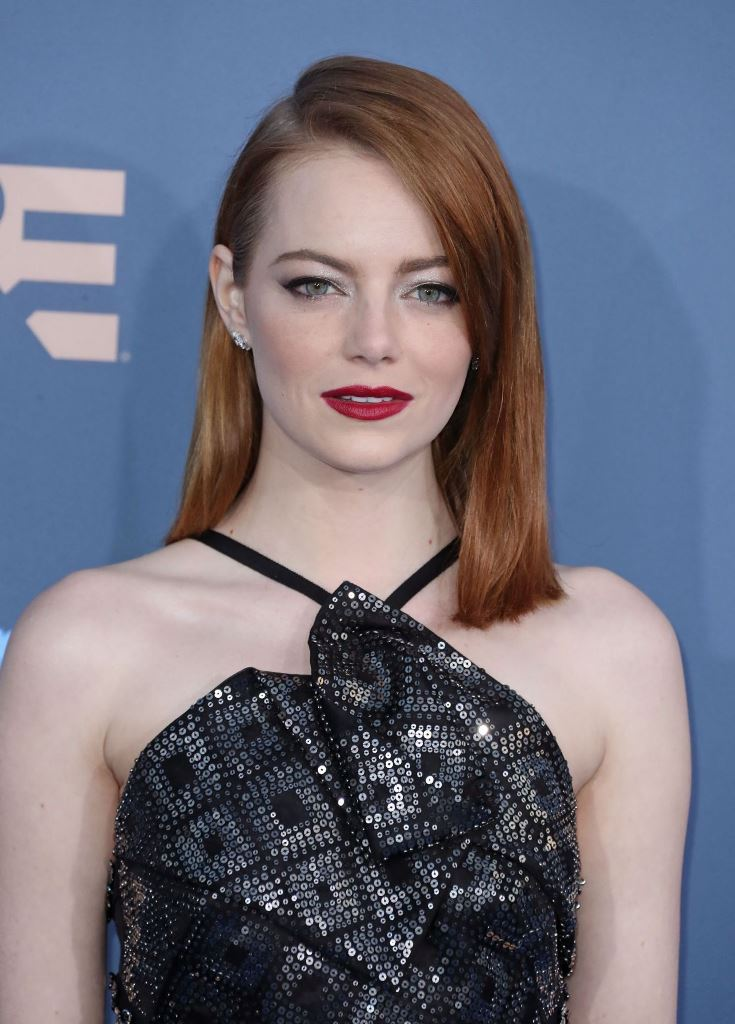 emma-stone-2016-critics-choice-awards-in-santa-monica-12-11-2016-1