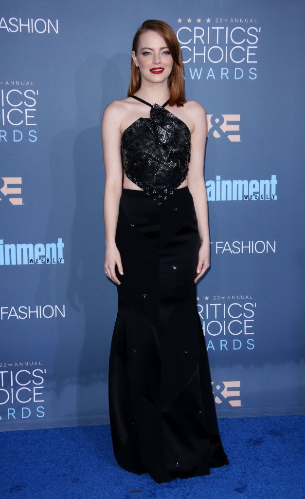 emma-stone-2016-critics-choice-awards-in-santa-monica-12-11-2016-3