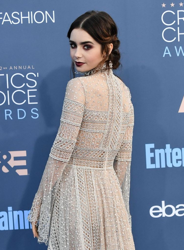 lily-collins-2016-critics-choice-awards-in-santa-monica-12-11-2016-12