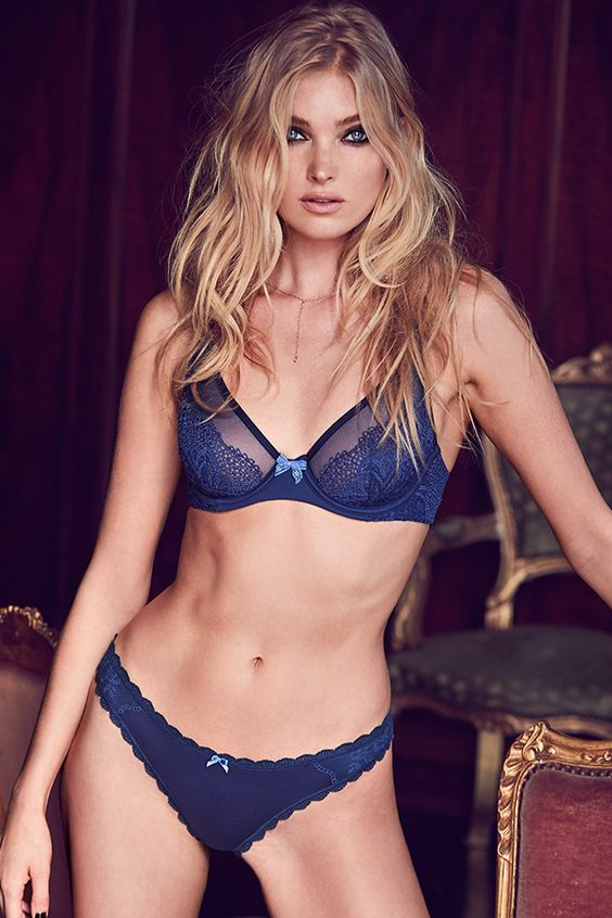 Victoria's Secret celebrates holidays with Holiday 2016 lingerie catalog