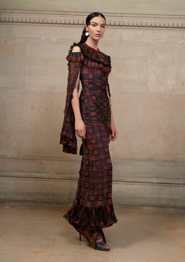 Givenchy Haute Couture spring/summer 2017 collection
