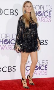 Blake Lively Sports Sparkly Fringe For People's Choice 2017