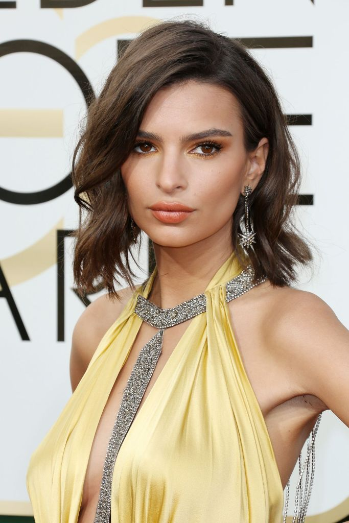 emily-ratajkowski-golden-globe-awards-in-beverly-hills-01-08-2017-1