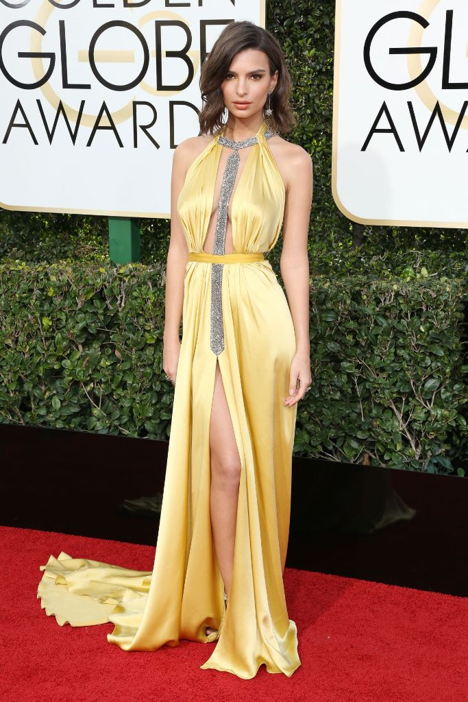 emily-ratajkowski-golden-globe-awards-in-beverly-hills-01-08-2017-2