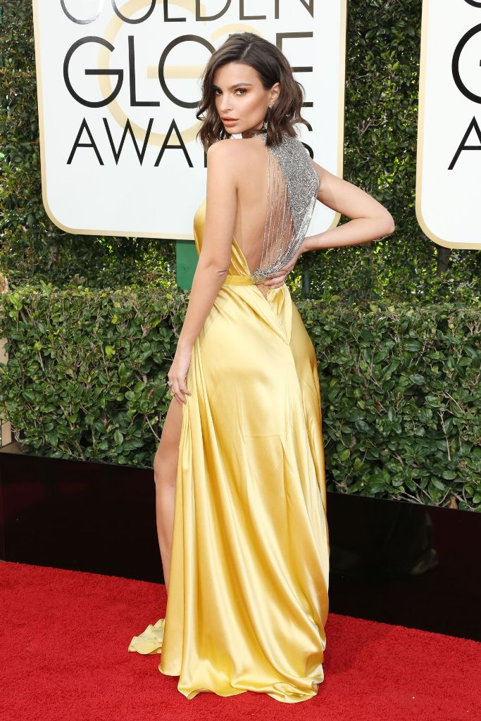 emily-ratajkowski-golden-globe-awards-in-beverly-hills-01-08-2017-8