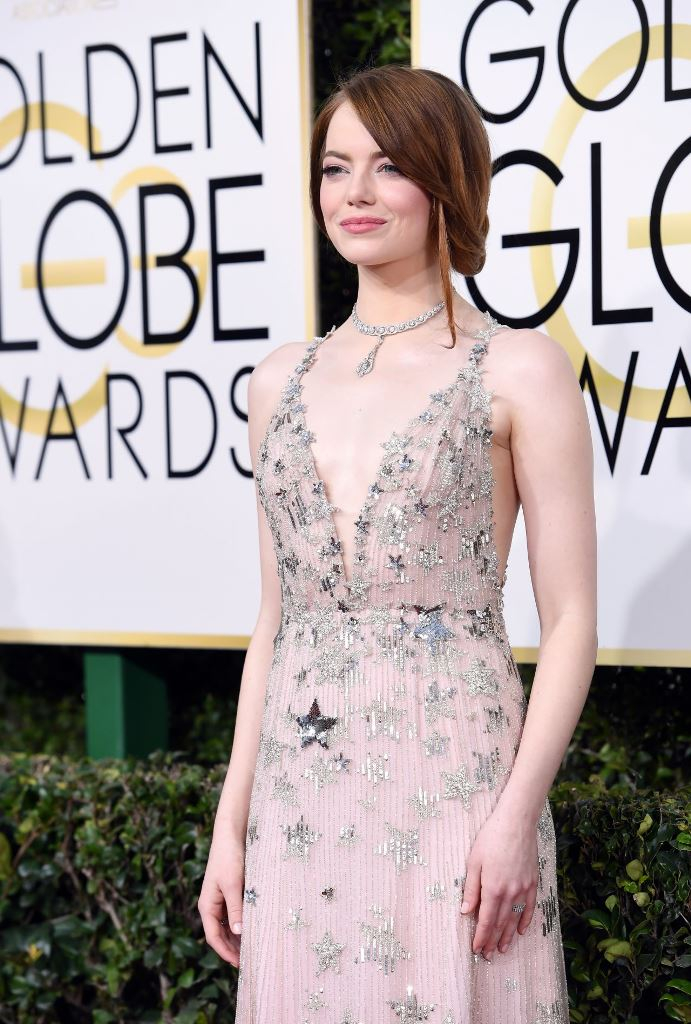 emma-stone-golden-globe-awards-in-beverly-hills-01-08-2017-14