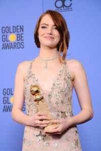 emma-stone-wins-best-actress-in-a-musical-at-the-2017-golden-globes-4