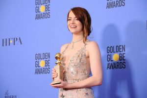 emma-stone-wins-best-actress-in-a-musical-at-the-2017-golden-globes-5