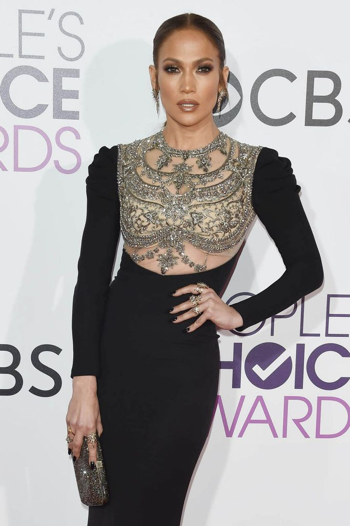 jennifer-lopez-people-s-choice-awards-in-los-angeles-1-18-2017-1
