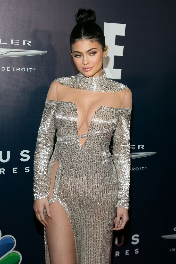 kylie-jenner-universal-nbc-focus-features-e-entertainment-golden-globes-after-party-1-8-2017-5