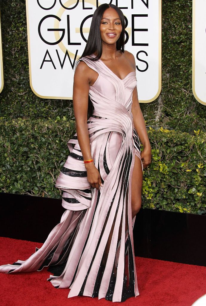 naomi-campbell-golden-globe-awards-in-beverly-hills-01-08-2017-1