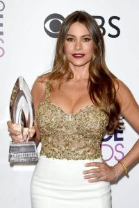 sofia-vergara-people-s-choice-awards-in-los-angeles-1-18-2017-1