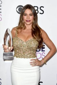 sofia-vergara-people-s-choice-awards-in-los-angeles-1-18-2017-2