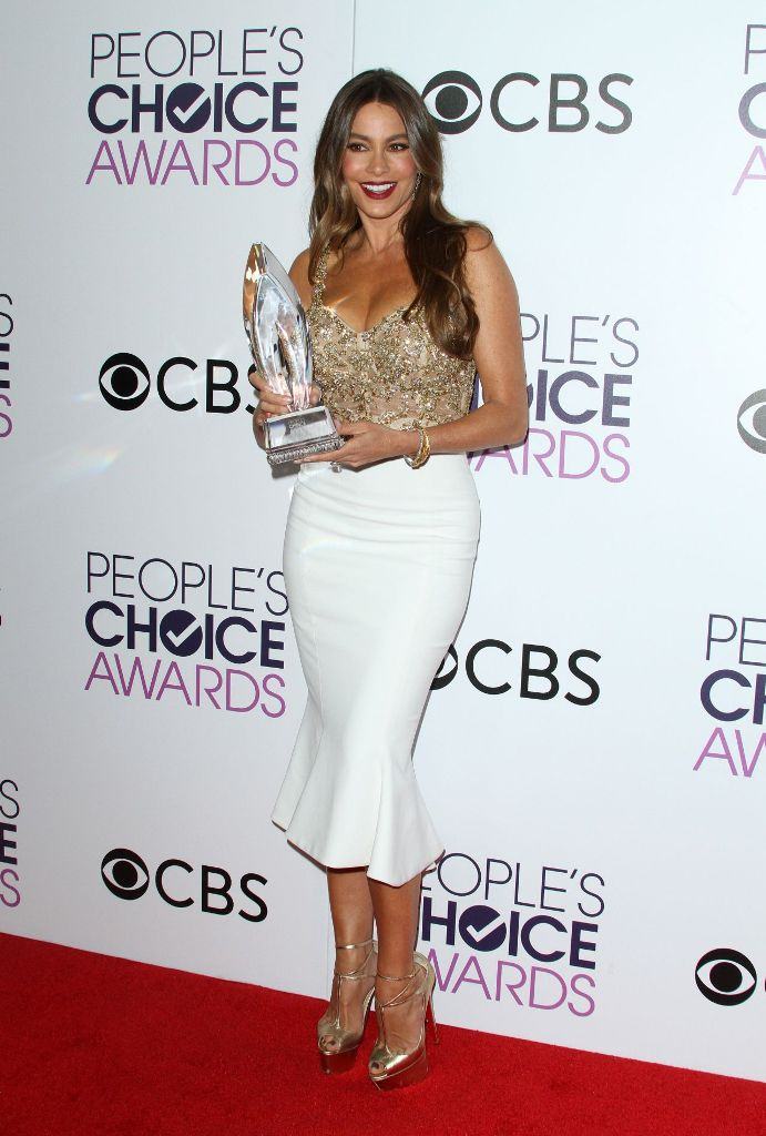 sofia-vergara-people-s-choice-awards-in-los-angeles-1-18-2017-6