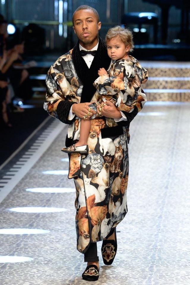 Dolce & Gabbana fall/winter 2017 collection - Milan fashion week