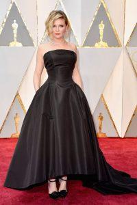 KirstenDunst_Oscars_Red_Carpet