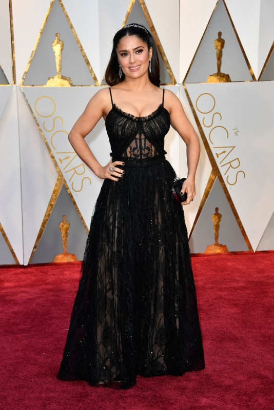 Salma+Hayek+89th+Annual+Academy+Awards+Arrivals+wxHy3Au0V9Ix