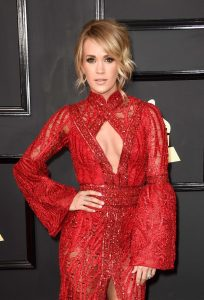 carrie-underwood-on-red-carpet-grammy-awards-in-los-angeles-2-12-2017-3