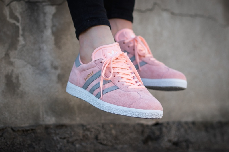 Spring must have - Adidas Gazelle pink sneakers - Fab Fashion Fix 8e02a18a4