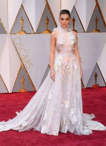 hailee-steinfeld-oscars-2017-red-carpet-in-hollywood-part-ii-9