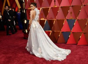 hailee-steinfeld-oscars-2017-red-carpet-in-hollywood-part-ii-3