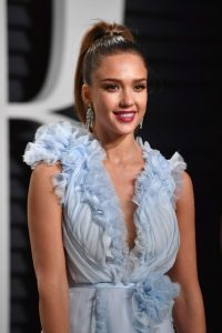 jessica-alba-at-vanity-fair-oscar-2017-party-in-los-angeles-18
