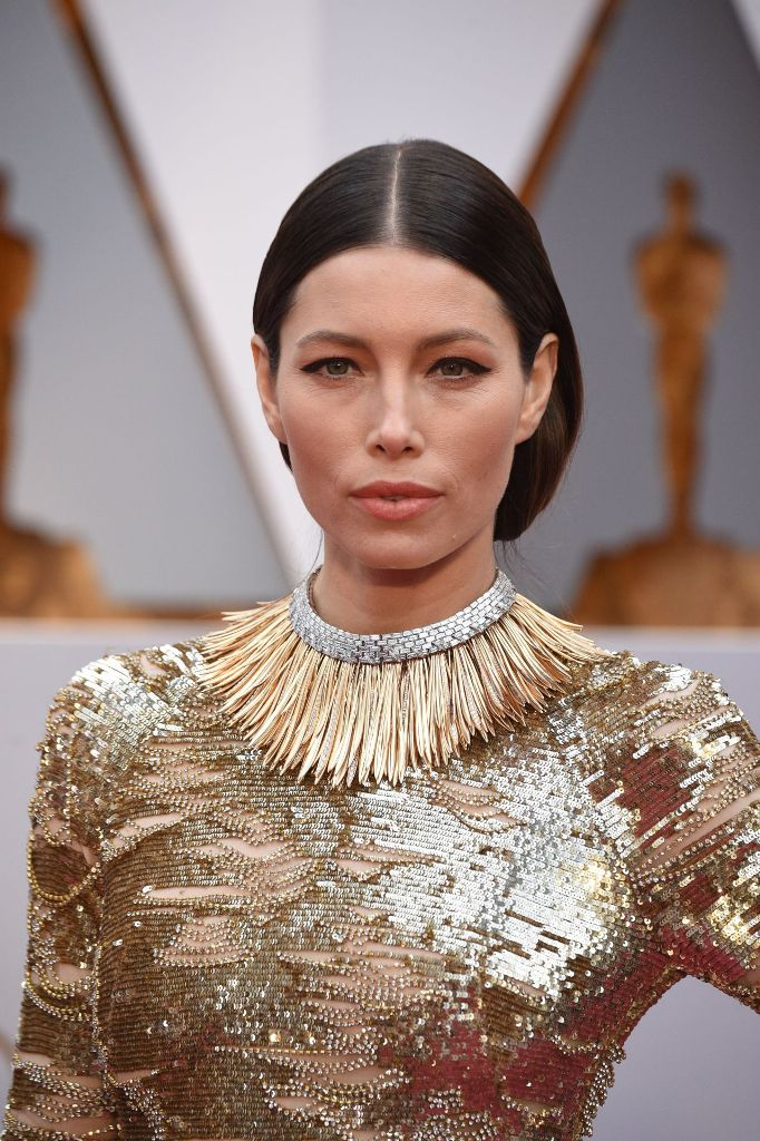 jessica-biel-oscars-2017-red-carpet-in-hollywood-9